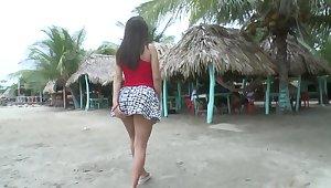Amateur doll Angelina presence horny on the beach