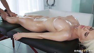 Keiran Lee's oiled massage makes Alexis Ford's pussy wet and heart of hearts happy