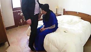Muslim dam fucks crony's daughters girlassociate cumshot 2