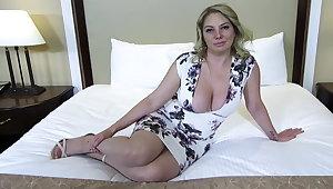 Big ass and titties kirmess MILF