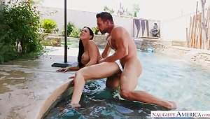 Rachel Starr fucking in the outdoors with her fume butt